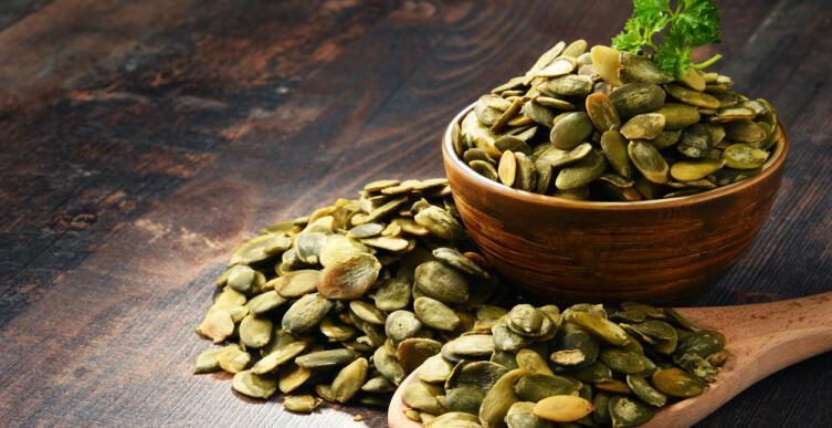 В муке из семян находится почти 40% белка