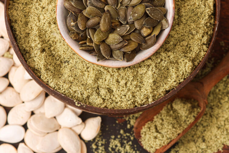 Тыквенную муку используют в качестве добавки к пшеничной муке при всех видах выпечки