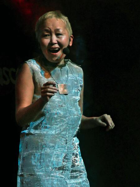 Тувинская певица Намчылак Сайнхо (горловое пение)