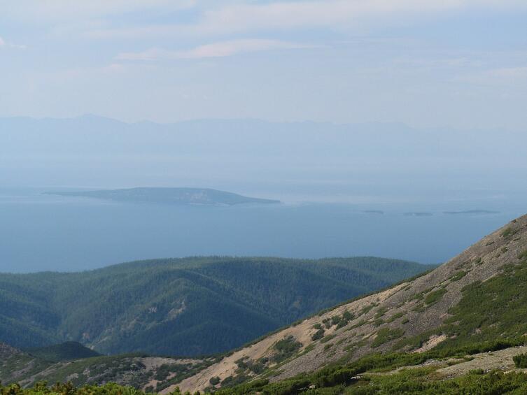 Ушканьи острова. Вид с полуострова Святой Нос