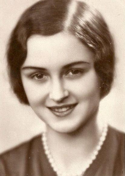 Алики Диплараку «Мисс Европы - 1930» - раскаявшаяся и прощёная  за дерзкое нарушение запрета на посещение горы Афон