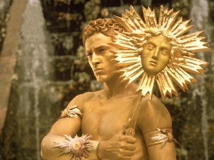 Кадр из к/ф «Король танцует», 2000 г.