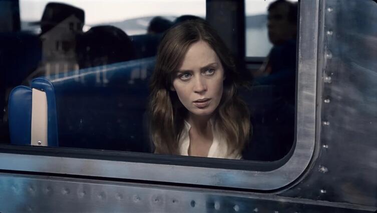 Кадр из к/ф «Девушка в поезде», 2016 г.