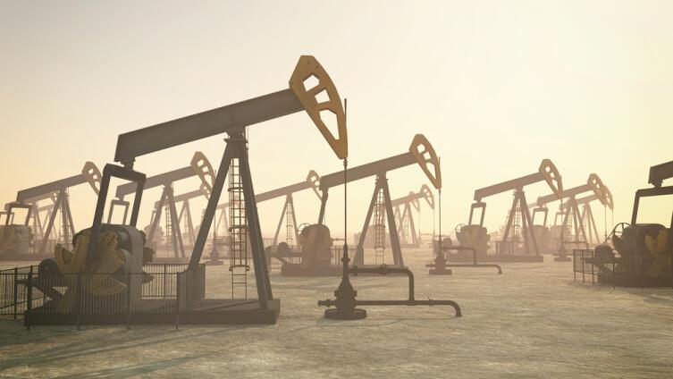 Откуда на Земле нефть и на сколько лет ее хватит?