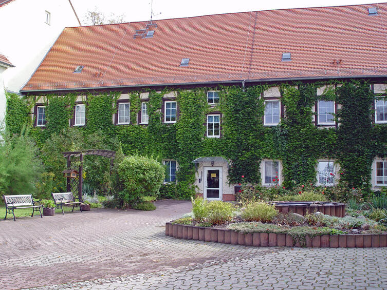 Дом Баха в Кётене, вид со двора. В этом доме Бах и его семья жили в 1719—1723 гг.