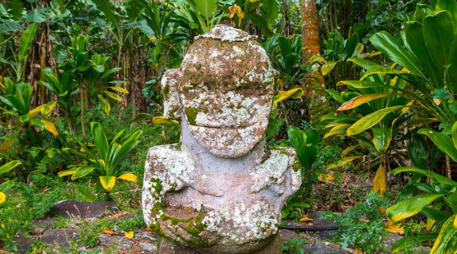 Маркизские острова: кому посвящены скульптуры тики?