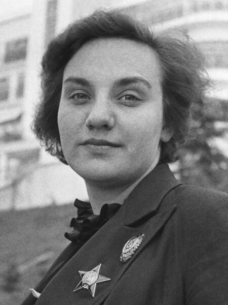 Валентина Степановна Гризодубова.