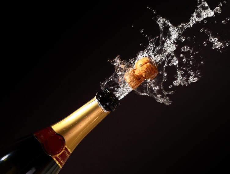 Кто не рискует, тот не пьет шампанское!