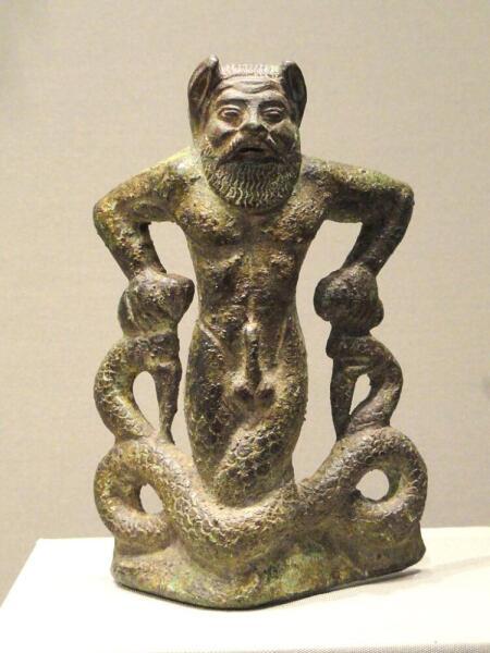 Тифон, ок. 500−480 г. до н.э., этрусская бронза — Кливлендский художественный музей, США