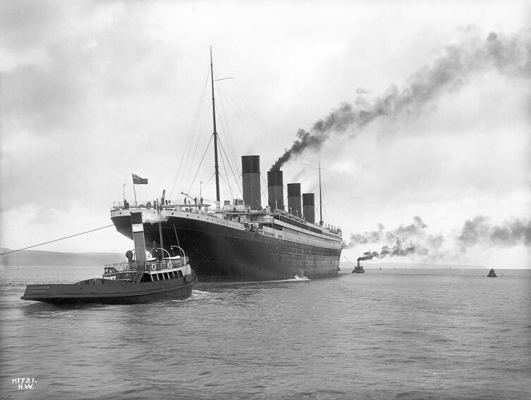 «Титаник» покидает Белфаст для прохождения ходовых испытаний