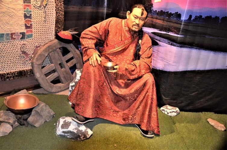 Восковая статуя Джамухи в монгольском музее