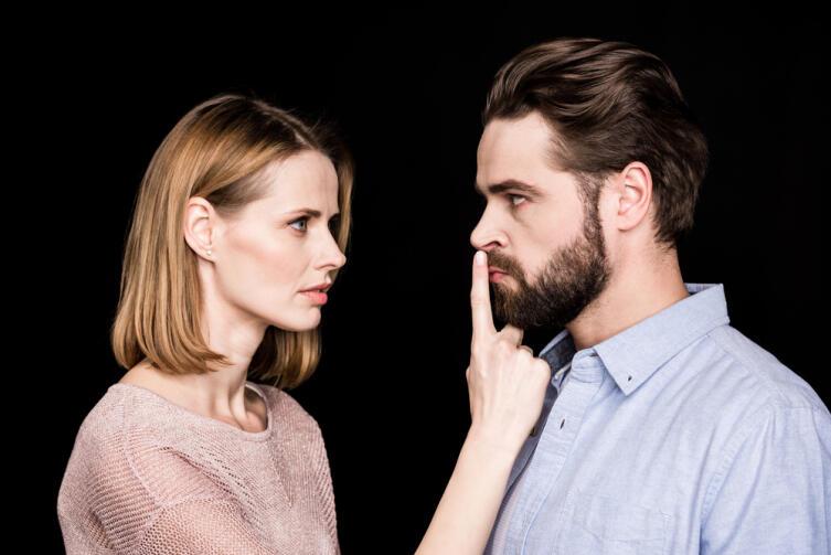 Жена часто исправляет ошибки, допущенные матерью мужчины