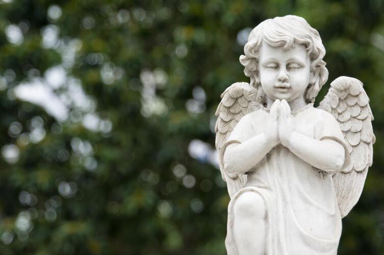 Ангелы-хранители — это божественные существа, которые наделены безусловной любовью и безграничными возможностями