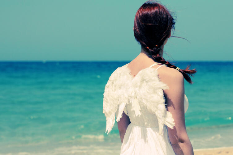 Расскажите ангелу о себе, о своих печалях и радостях, о своих сомнениях, тревогах