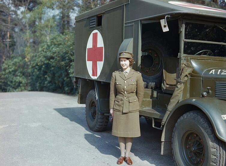 Принцесса Елизавета в апреле 1945 г.