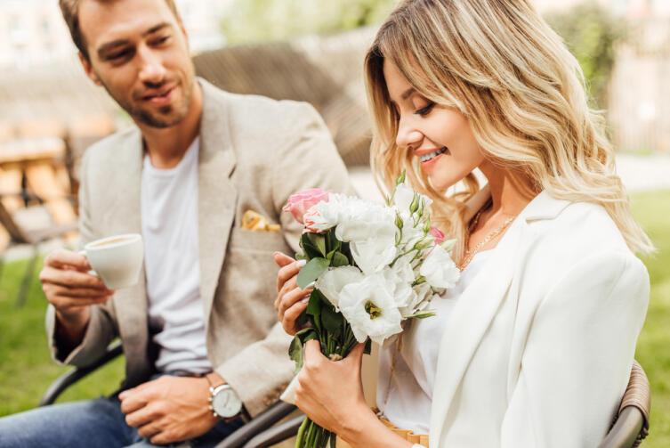 Как дарить цветы по правилам цветочного этикета?