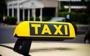 Разрешение на такси в Москве и Московской области: получение, штрафные санкции