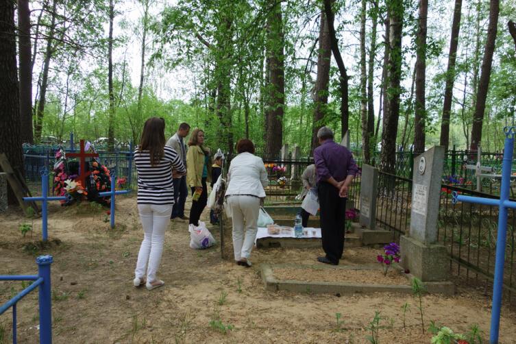 Православные традиции. Что такое Радоница?