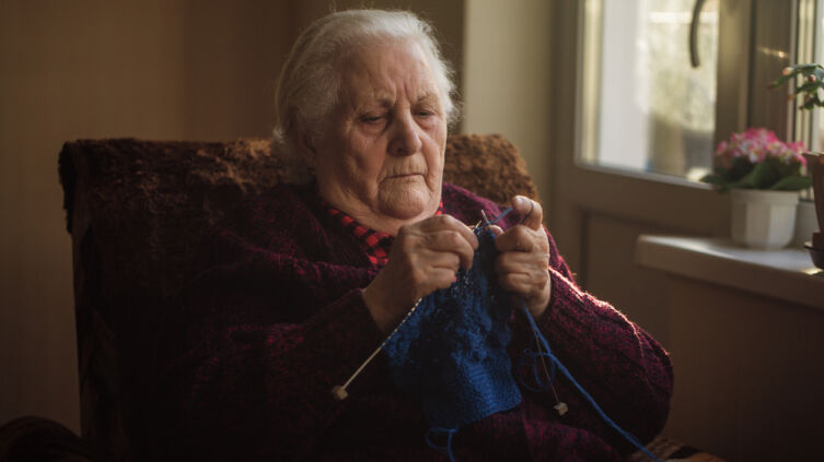 А как поживает ваша бабушка?
