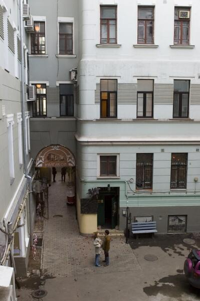 Двор булгаковского дома