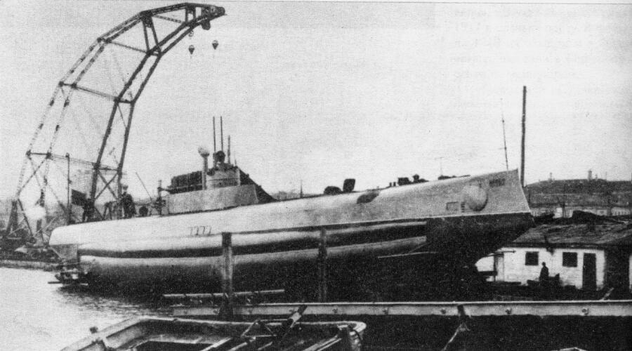 Первый в мире подводный минный заградитель — подводная лодка «Краб», Россия, 1912 г.