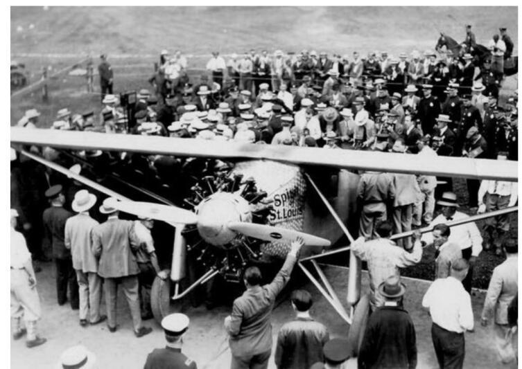 В аэропорту Ле Бурже 21мая 1927 г.