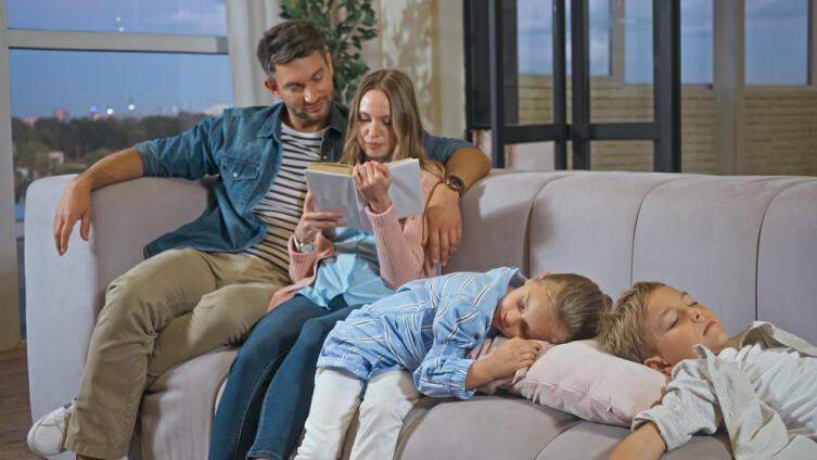 Как наладить сон и режим дня ребёнка?