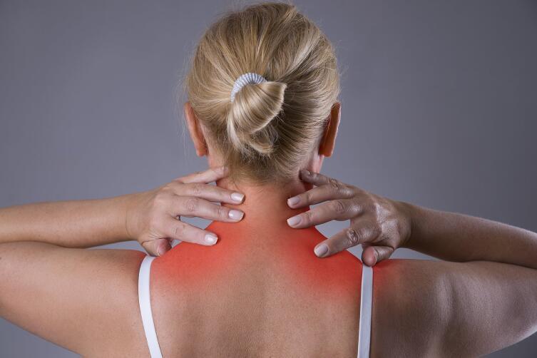 Искривление позвоночника и сопутствующие заболевания в области шеи влекут за собой нарушение кровообращения головного мозга