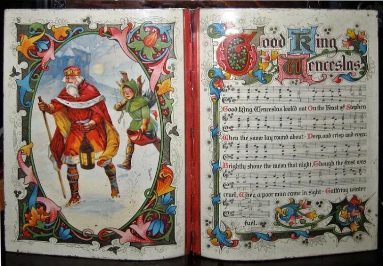 Текст и ноты «Доброго короля Вацлава» на коробке для бисквитов, 1913 г.