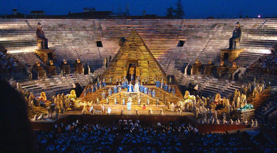 Постановка фестиваля «Арена ди Верона», 2007 г.