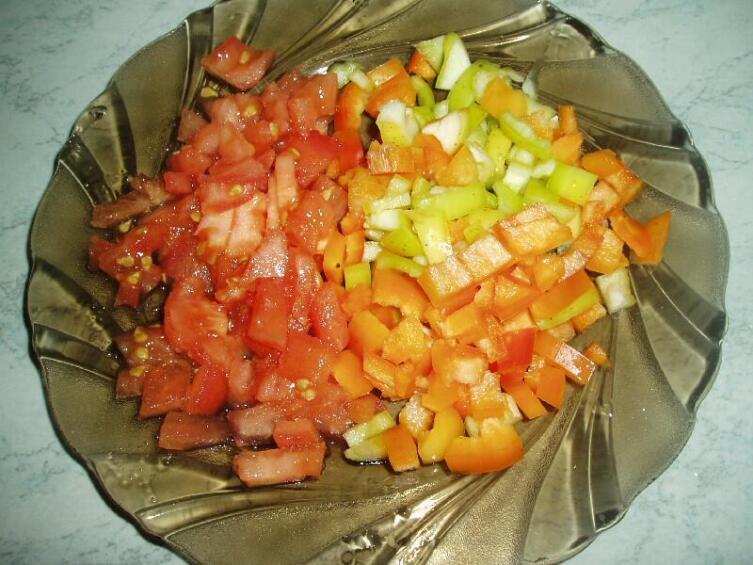 Овощи режем кубиками