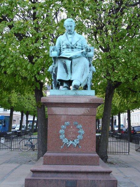 Памятник Хартману в Копенгагене