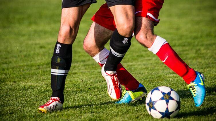 Какие факторы нужно учитывать, совершая ставки на футболе?