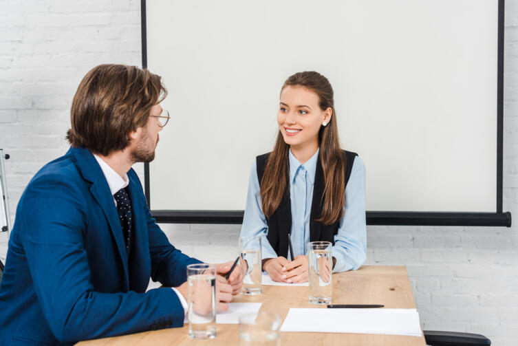 Спокойный и конструктивный разговор, который вы ведете с одним человеком, не может работать с другим человеком