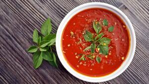 При правильном подборе соуса блюдо станет красивым и аппетитным!