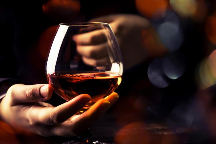 Кальвадос цвета солнца, вкуса лета... Каким бывает алкоголь?