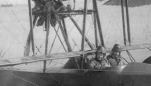 Как в СССР развивали военную морскую авиацию?