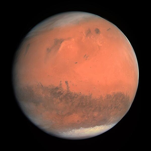Изображение Марса на основе снимков АМС «Розетта», сделанное 24 февраля 2007 года с высоты 240 000 км.
