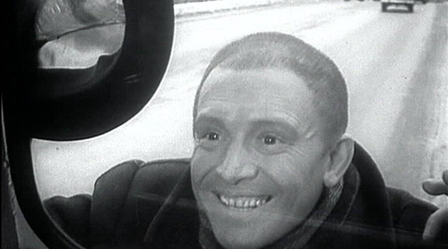 Кадр из к/ф «Берегись автомобиля», 1966 г.