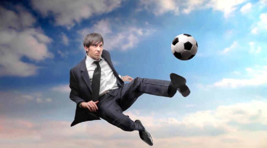 Футбольный туризм. Почём место игрока в команде?