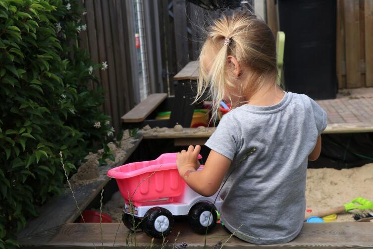 На что обратить внимание при выборе игрушки для ребенка?