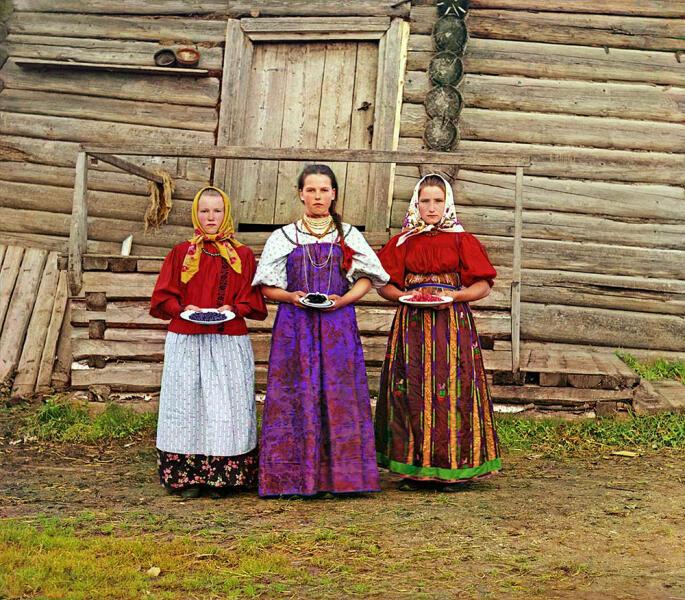 Крестьянские девушки, 1909 г.