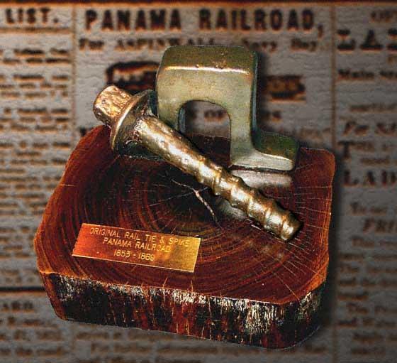 Шпала из бакаута Панамской железной дороги
