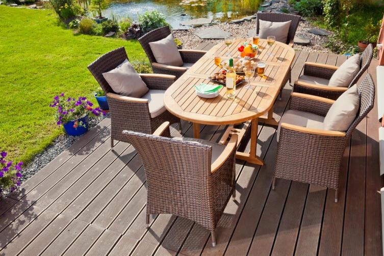 Как выбрать подходящую мебель для дачи?
