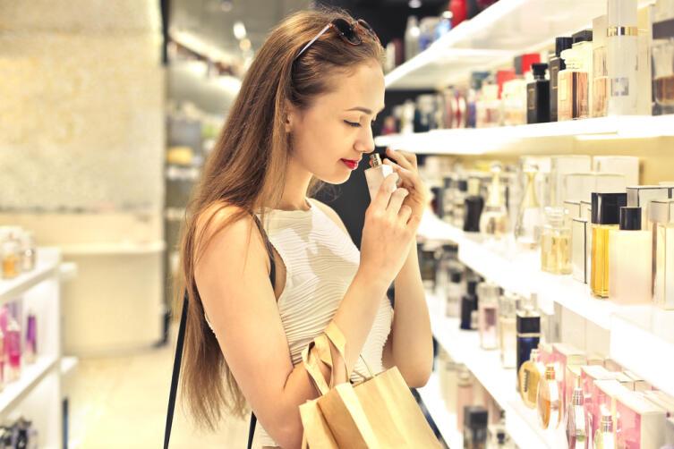 Как закрепить запах парфюма на теле, чтобы он держался весь день?