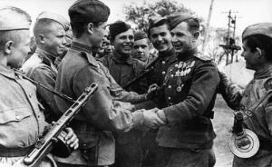 Сколько за Великую Отечественную войну появилось Героев Советского Союза, полных кавалеров ордена Славы?