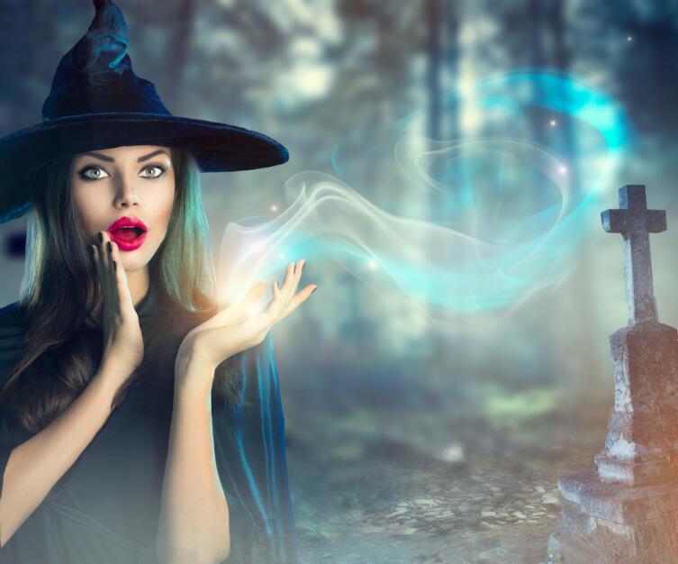 Каждая уважающая себя ведьма должна знать, как угадывать будущее, но никогда не должна этим знанием пользоваться