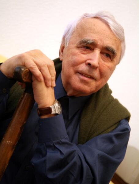 Ф. Бурлацкий