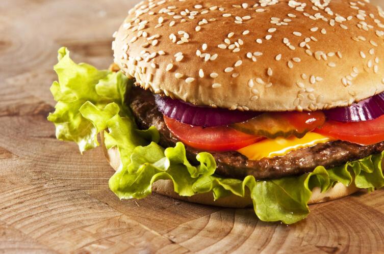 Когда появился гамбургер?