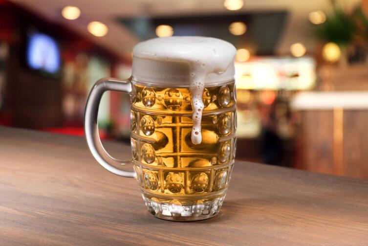 Овнов отличает увлечение алкогольными напитками